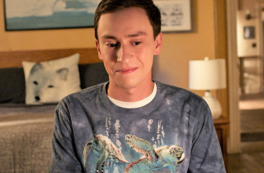 What time is Atypical season 4 coming to Netflix?